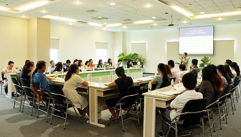 Công ty CP Long Hậu tổ chức Hội thảo tư vấn pháp luật dành cho doanh nghiệp
